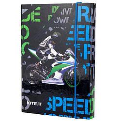 Картонная папка для тетрадей Kite Racing  B5 на резинке (K19-210-02)