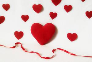 Подушка декоративная Сердце красное 21 см