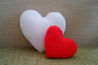 Подушка декоративная Сердце белое 40 см, фото 3