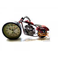 """Годинники настільні """"Мотоцикл"""" червоні (28х15х7,5 см)"""