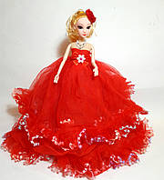 Кукла в стиле Барби в красном платье