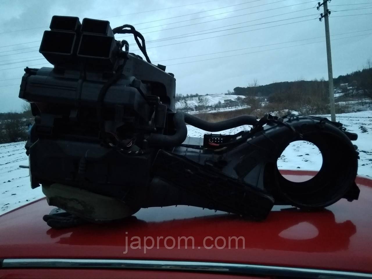 Корпус печки (отопитель) в сборе Volkswagen Passat B6 2005-2010г.в. 1.9 TDI BLS