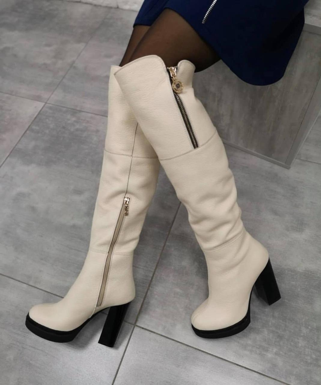4e379389c359 Белые кожаные высокие сапоги- ботфорты на высоком каблуке Италия