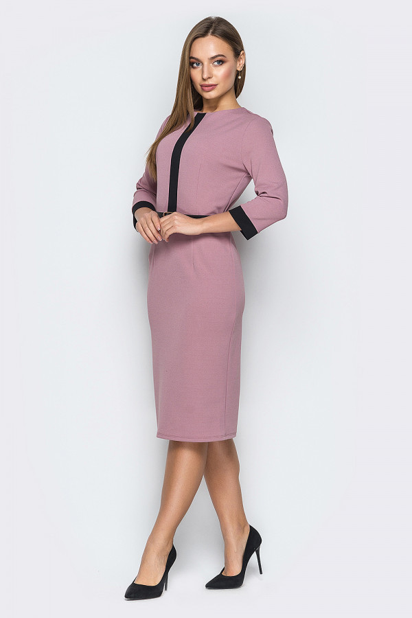 Сиреневое деловое женское платье