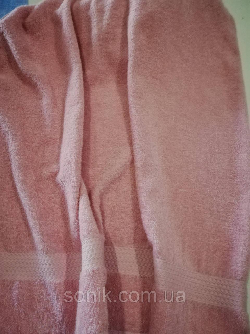 Полотенце махровое бледно-розовое 70*140