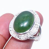 Нефрит кольцо с натуральным нефритом в серебре. Размер 19. Индия, фото 1