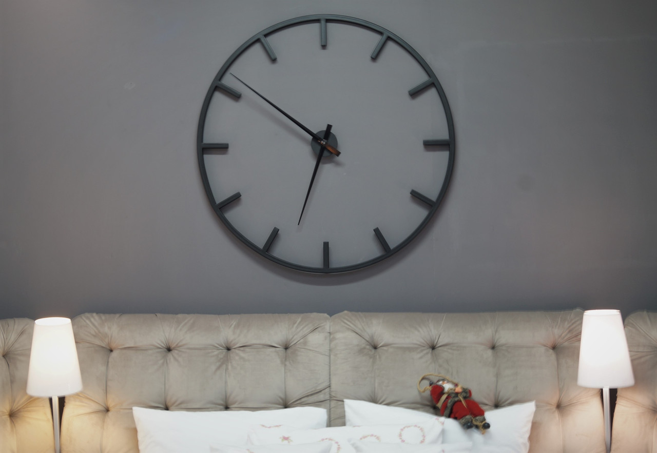 Часы Amelli черные настенные