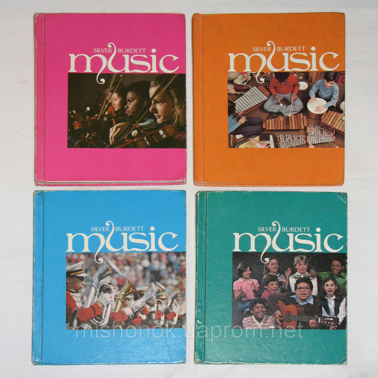 """Комплект книг по музыке из США """"Music"""" Silver Burdett по обучению музыке в школах, на англ. языке"""