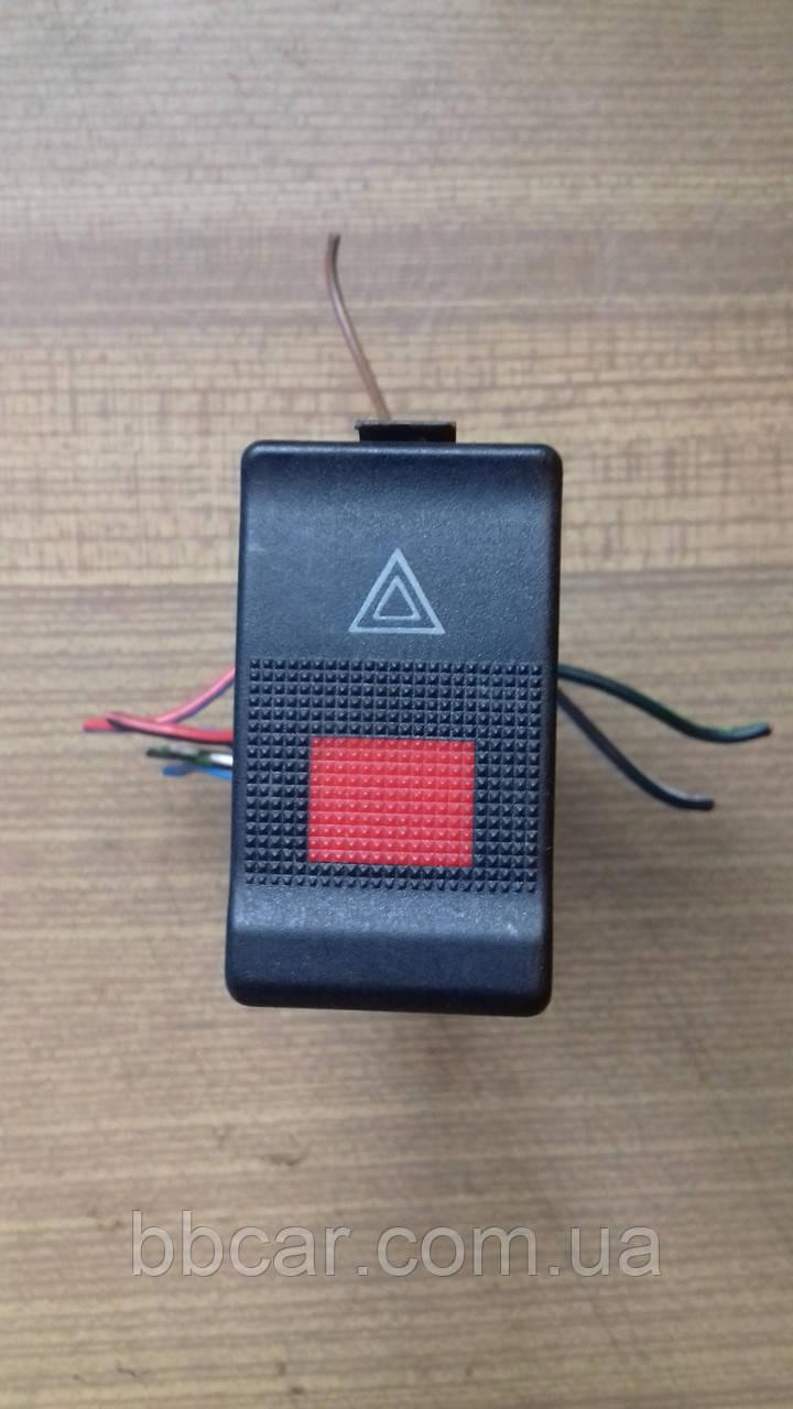 Кнопка аварійного сигналу Audi 80 B-4 , A-6 , A-90 , A-100    4A0 941 509