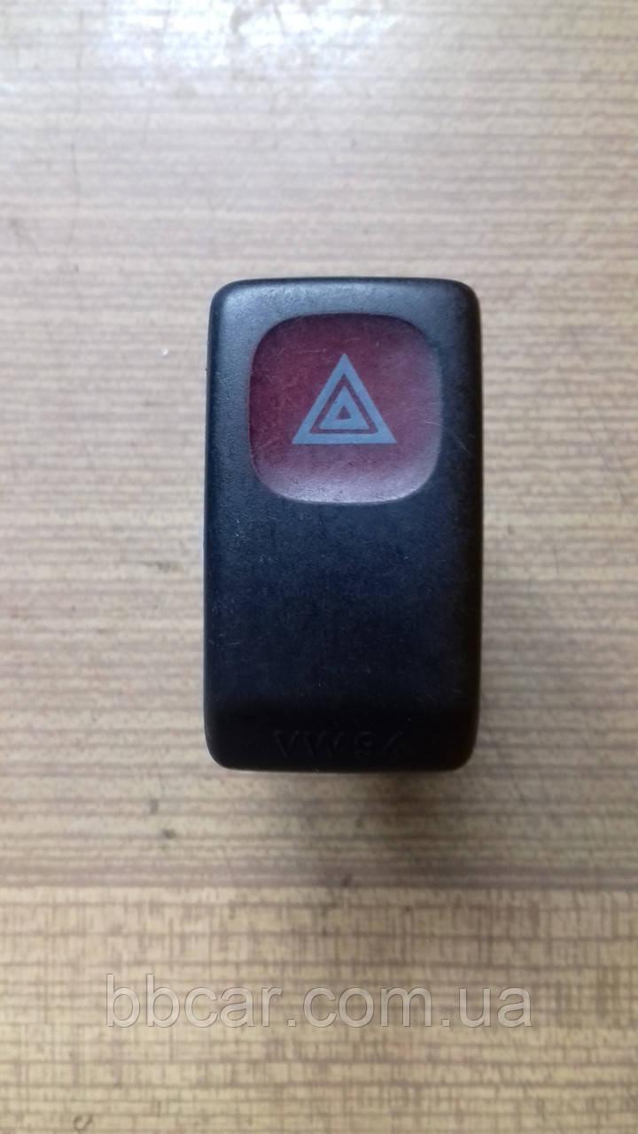 Кнопка аварійного сигналу Volkswagen Golf 2   191 953 235