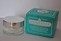 """Крем дневной для сухой и чувствительной кожи с гиалуроновой кислотой """"Young style""""  от Royal Secrets"""