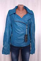 Женская куртка из заменителя