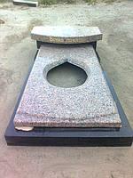 Надгробные композиции из коричневого гранита Мыжеричка