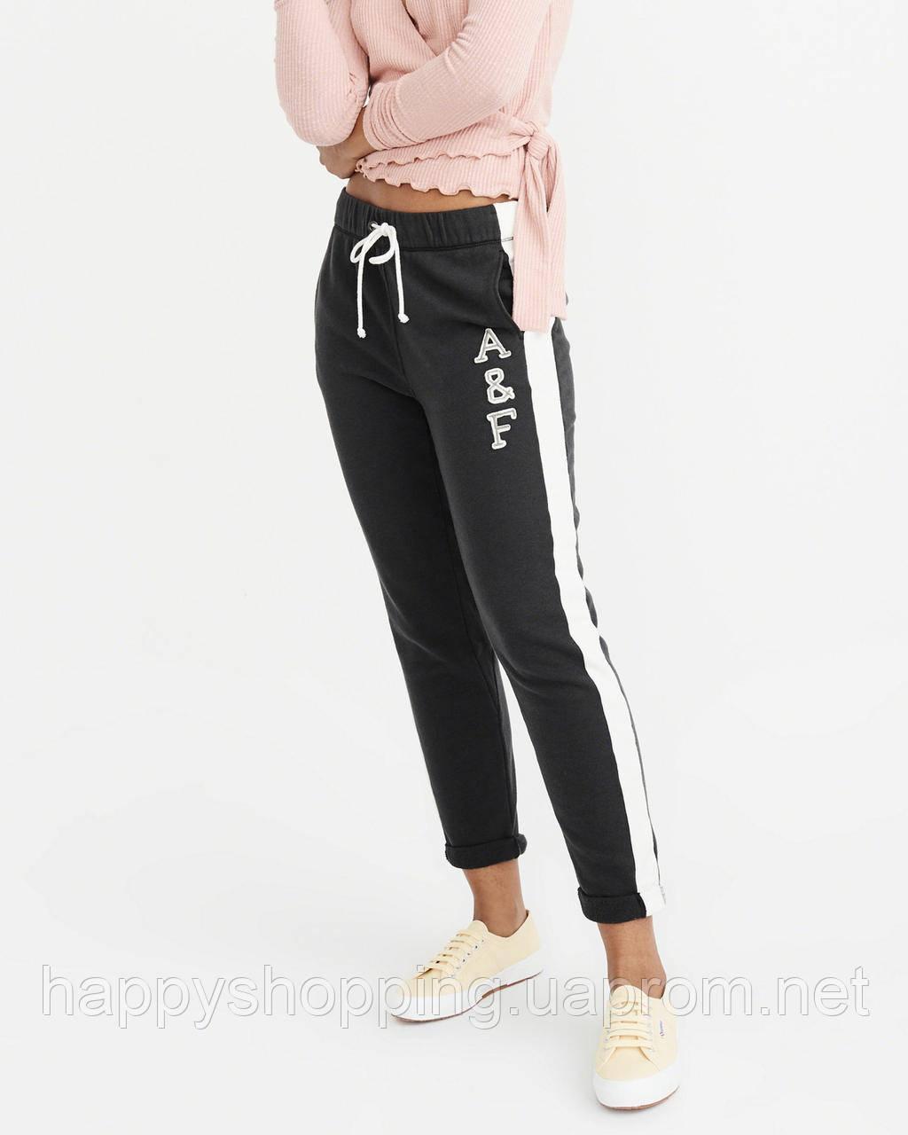 Женские черные спортивные штаны популярного американского бренда Abercrombie & Fitch