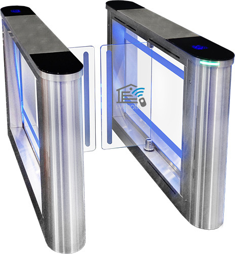Нанесение логотипа на стекло турникета свободного прохода