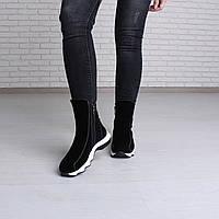 Зимние спортивные женские ботинки на белой подошве, фото 1