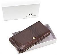 b2955f8a37c0 Лаковый женский кожаный кошелек на молнии коричневого цвета Sergio Tadei AE  38