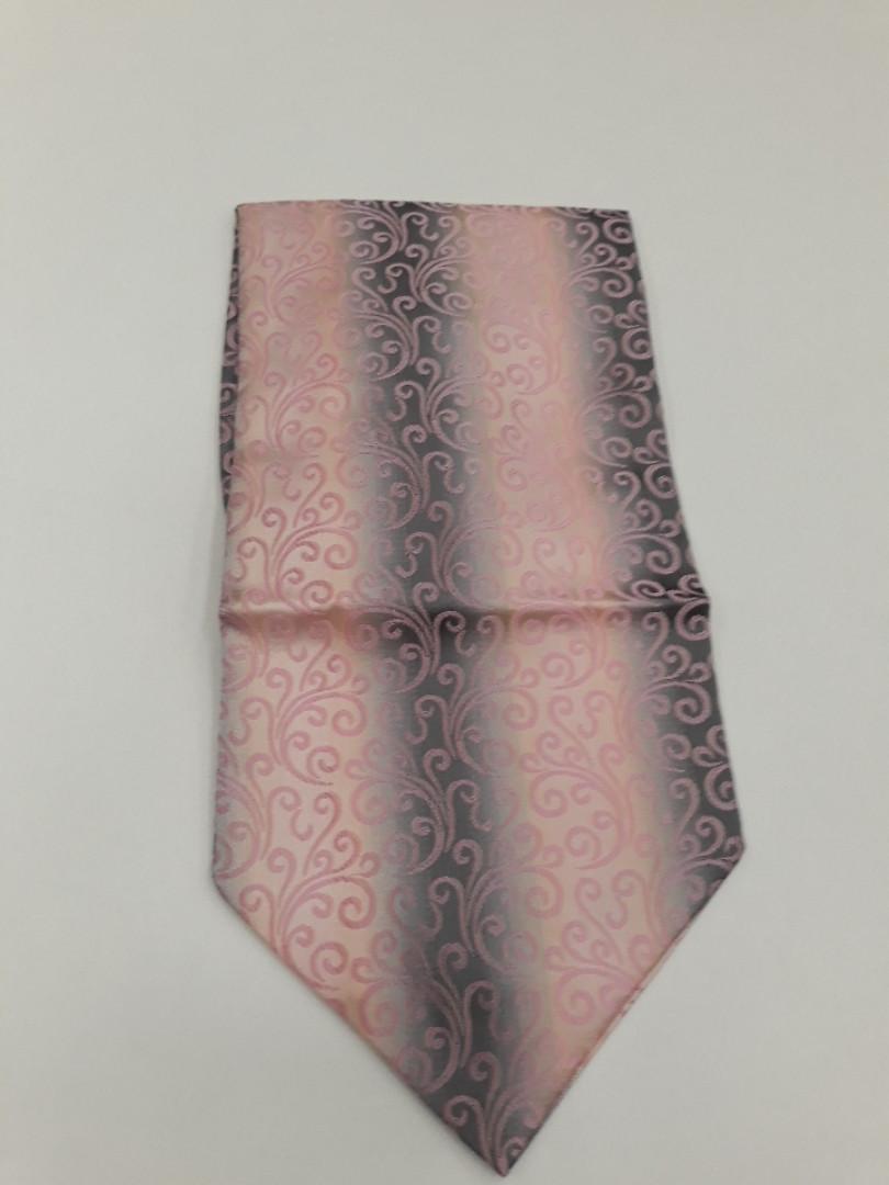 Мужской шейньій платок