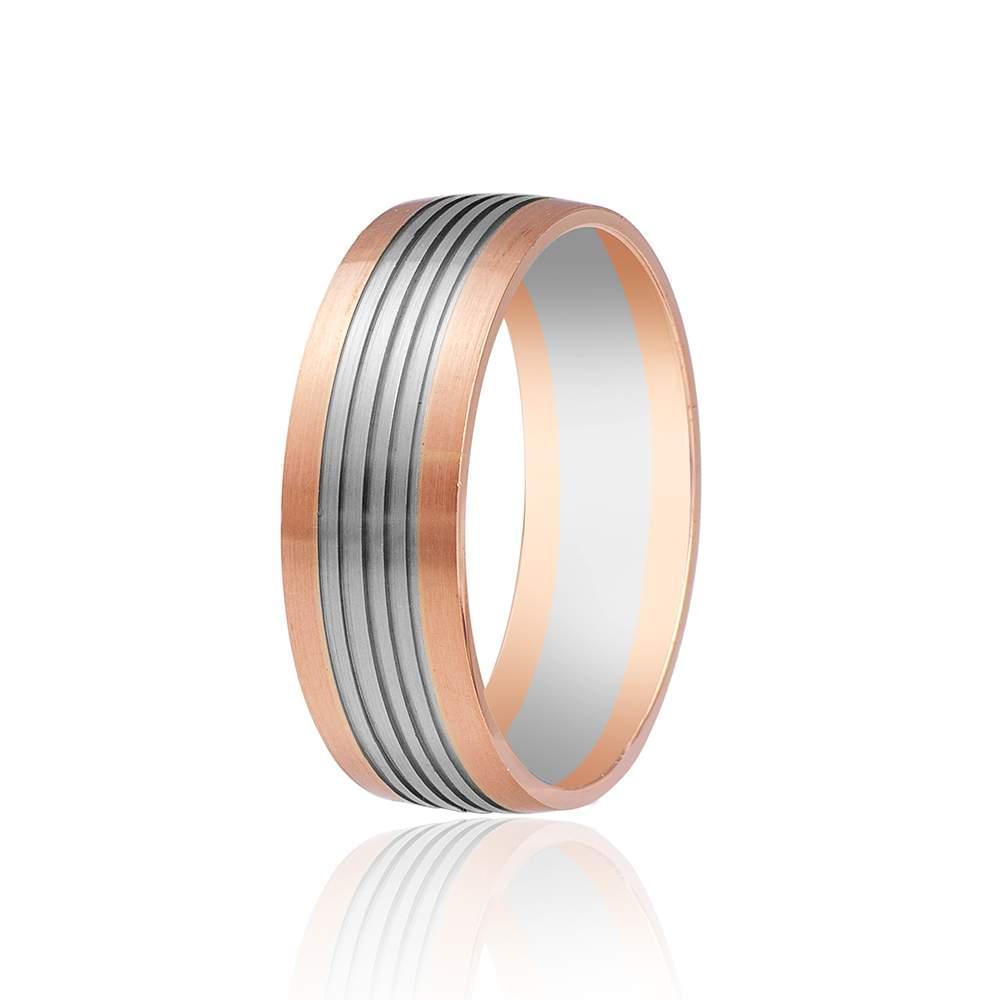 Обручальное кольцо с продольными насечками, комбинированное золото, КОА112 Eurogold