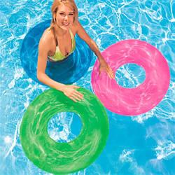 Надувные изделия для отдыха на воде