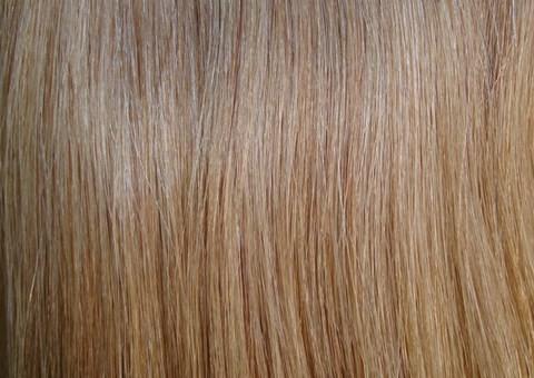 Набор натуральных волос на клипсах 38 см. Оттенок №18. Масса: 100 грамм.