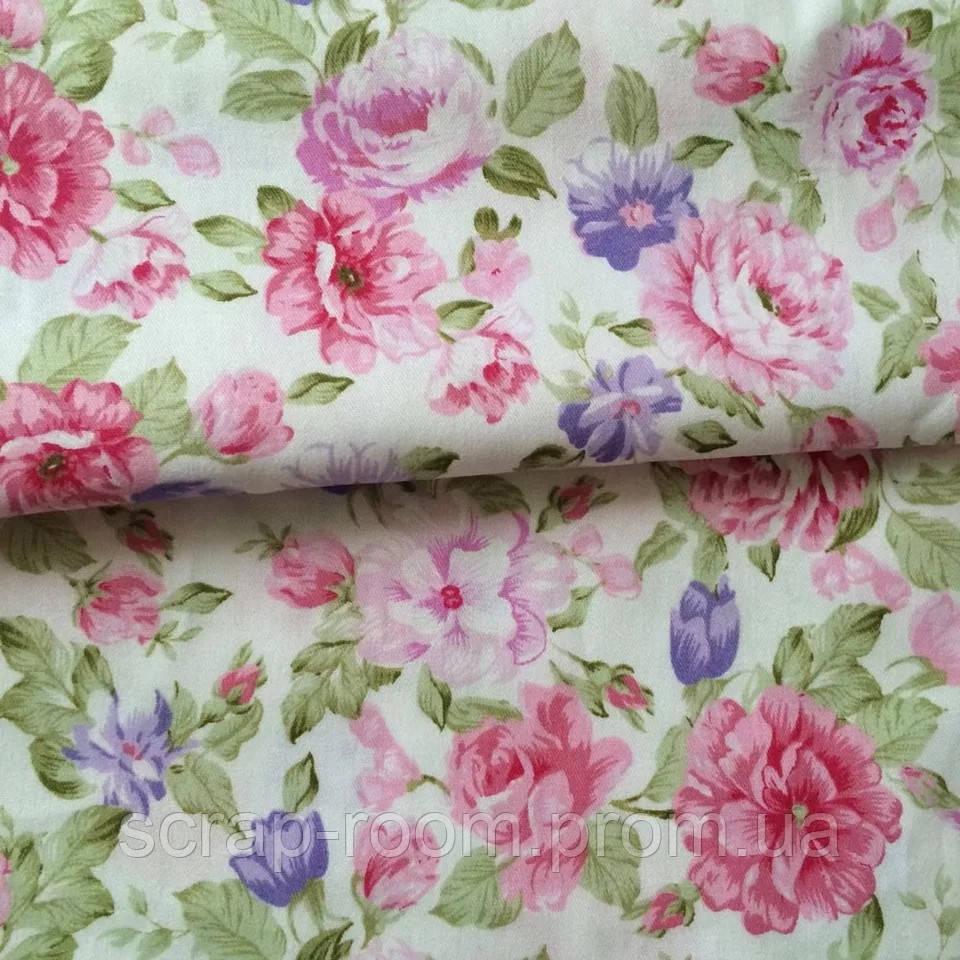 Ткань хлопок 100% белая с розовыми и сиреневыми цветами Корея отрез 40 на 50 см