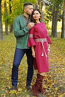 Вышитый комплект - мужская рубашка из зеленого льна с вышивкой и женственное платье  богатого винного цвета, фото 1