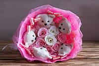 Очаровательный букет из мишек и роз «Легкость» - очень нежный и трогательный букет