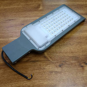 Уличный LED светильник 50Вт 6400К IP65 4500Лм серия ECO