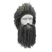 Зимняя шапка викинга с дредами и средней длины бородой Серая