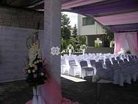 Оформление тканями, драпировка тканью, украшение лестниц, колонн, стен тканью, оформление тканями потолка