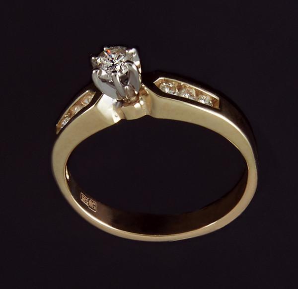 Кільце з жовтого золота з діамантами С37Л1№5