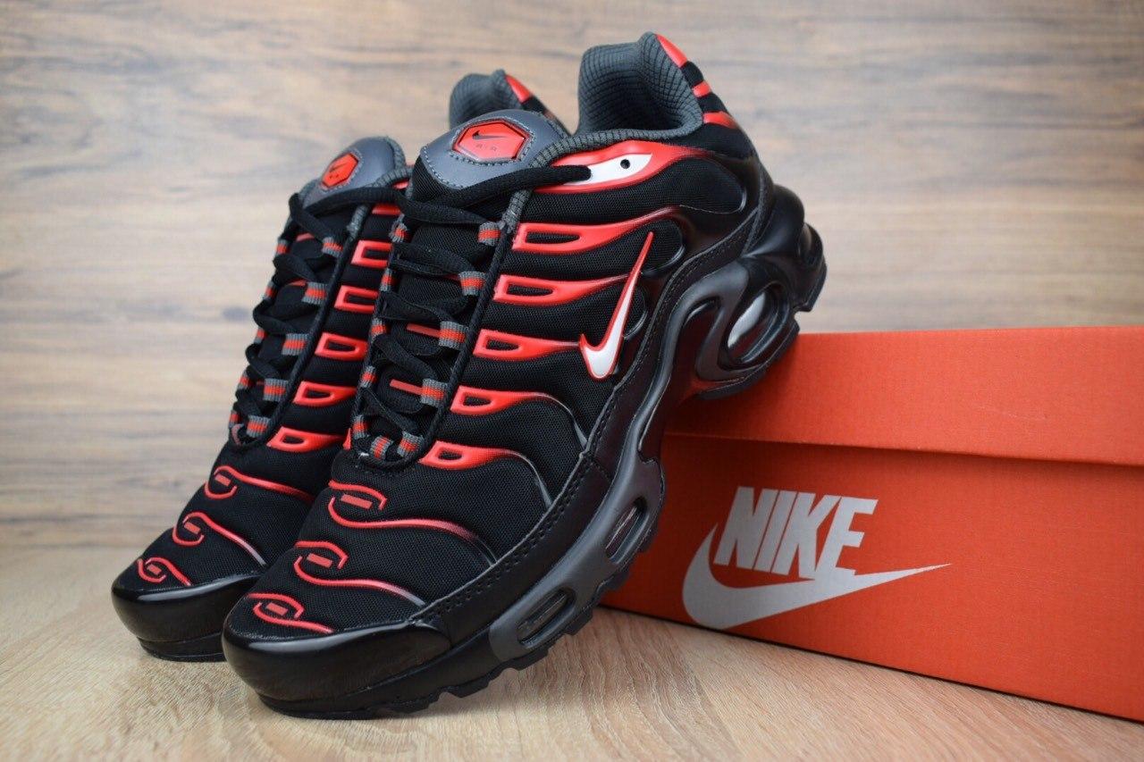 12a28f78 Весенние Кроссовки Nike TN Plus(реплика), Черные с Красным — в ...