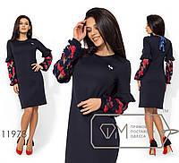 Платье-миди прямого кроя из костюмки с приталенным лифом, декор. завязкой сзади у горловины и брошкой по лицевой стороне 11978