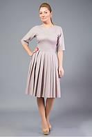 Платье, из тонкой плательной ткани, сложного кроя.