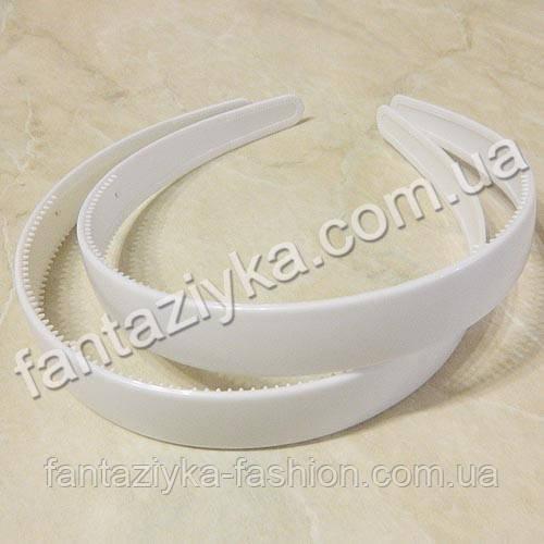 Пластиковый обруч для волос 18мм, белый