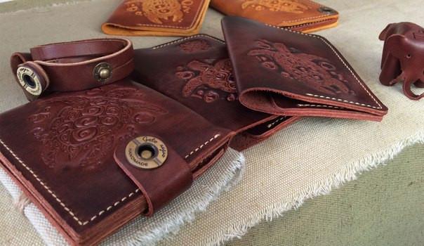 Кожаные аксессуары: сумки, кошельки, портмоне