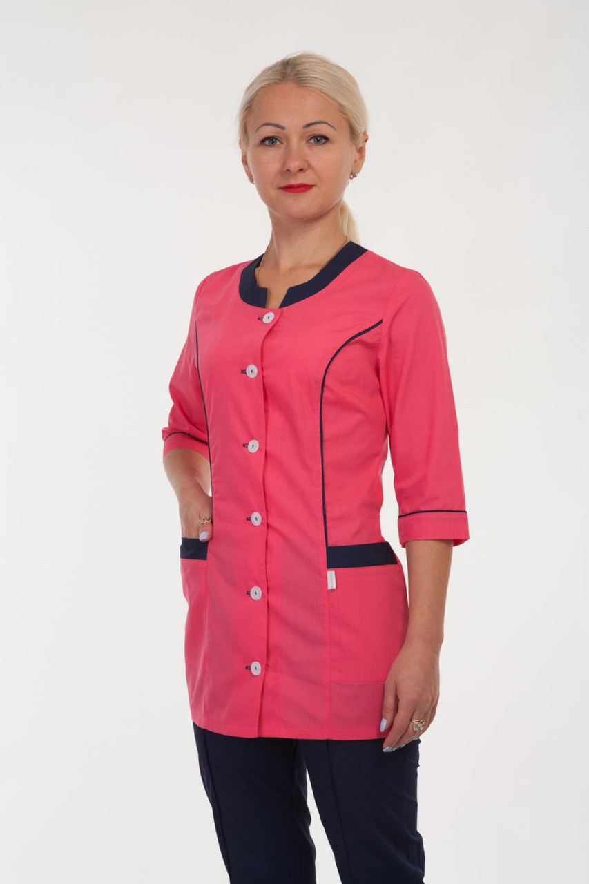 Медицинский женский костюм малиново синий