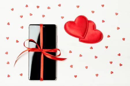 Какой гаджет подарить девушке на День святого Валентина?