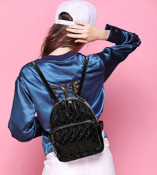 Рюкзак Bao Bao голограмма в черный.