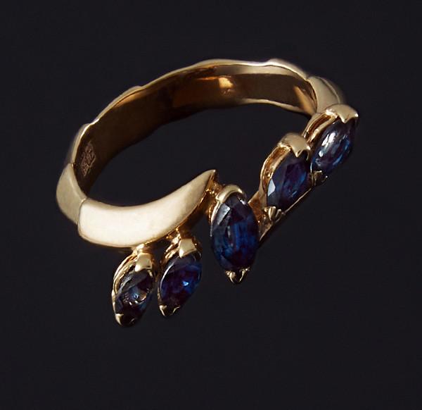 Кольцо из желтого золота с сапфирами С35Л1№20