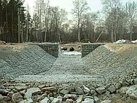 Укрепление берега каменной наброской