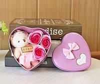 Подарунковий набір SUNROZ Bear Soap Flower плюшевий ведмедик з трояндочками з мила 3 шт Ліловий (SUN3093)