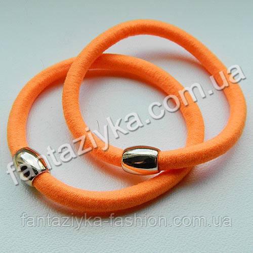 Резинка для волос с золотой бусиной 5,5см, оранжевая