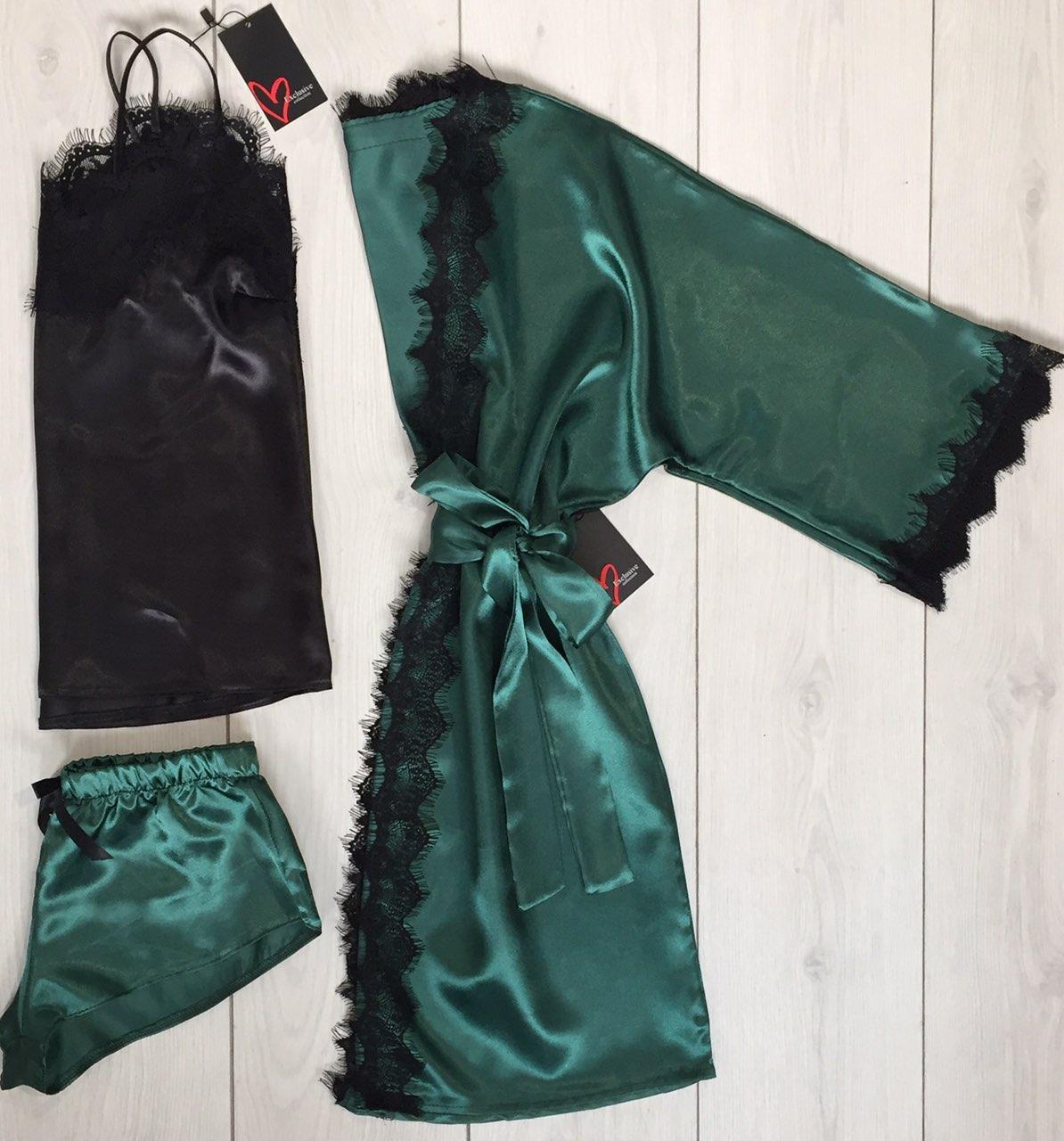Пижамный комплект атласный халат майка и шорты