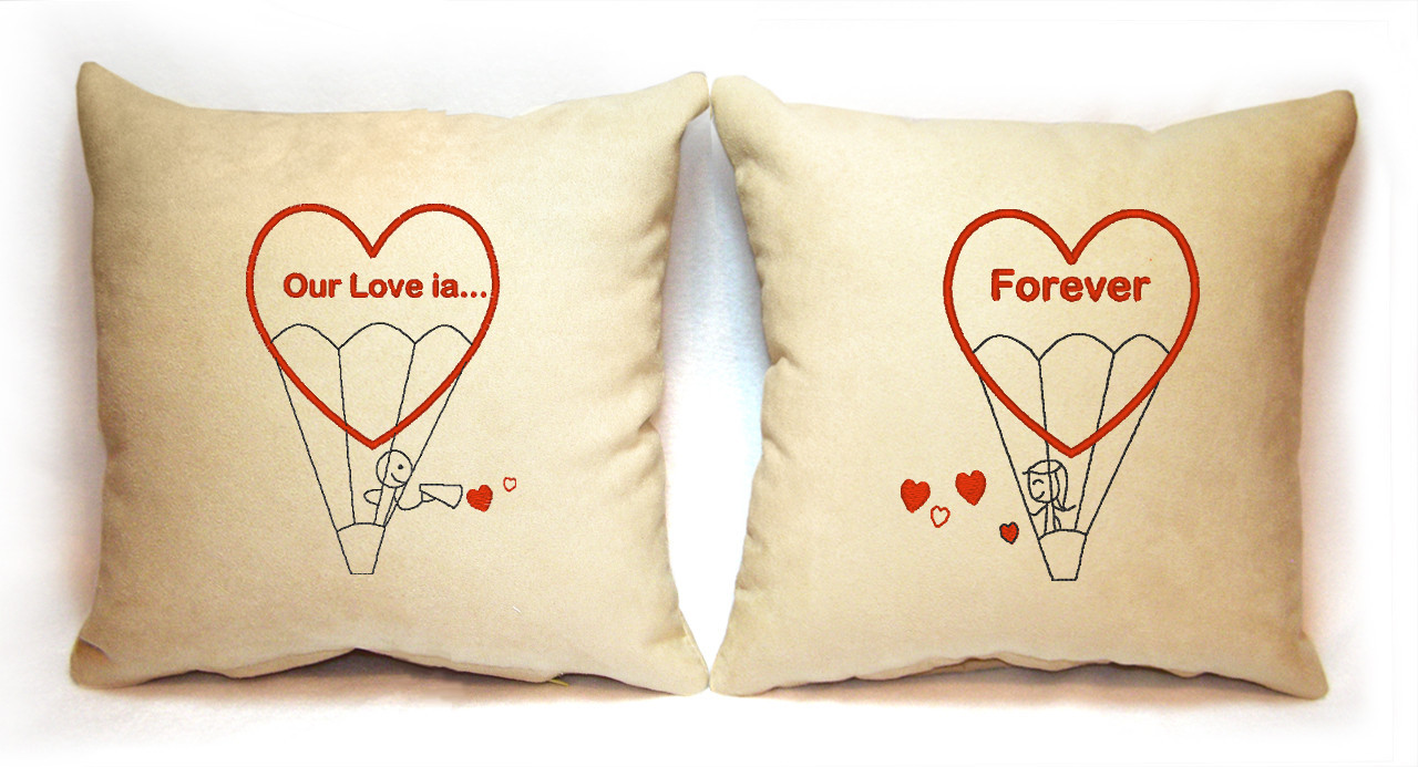 "Набор из двух подушек Slivki ""Forever"", цвет бежевый"