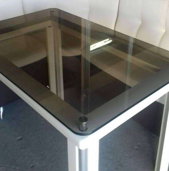 Стеклянный стол на кухню  ДКС Модерн Антоник, цвет на выбор
