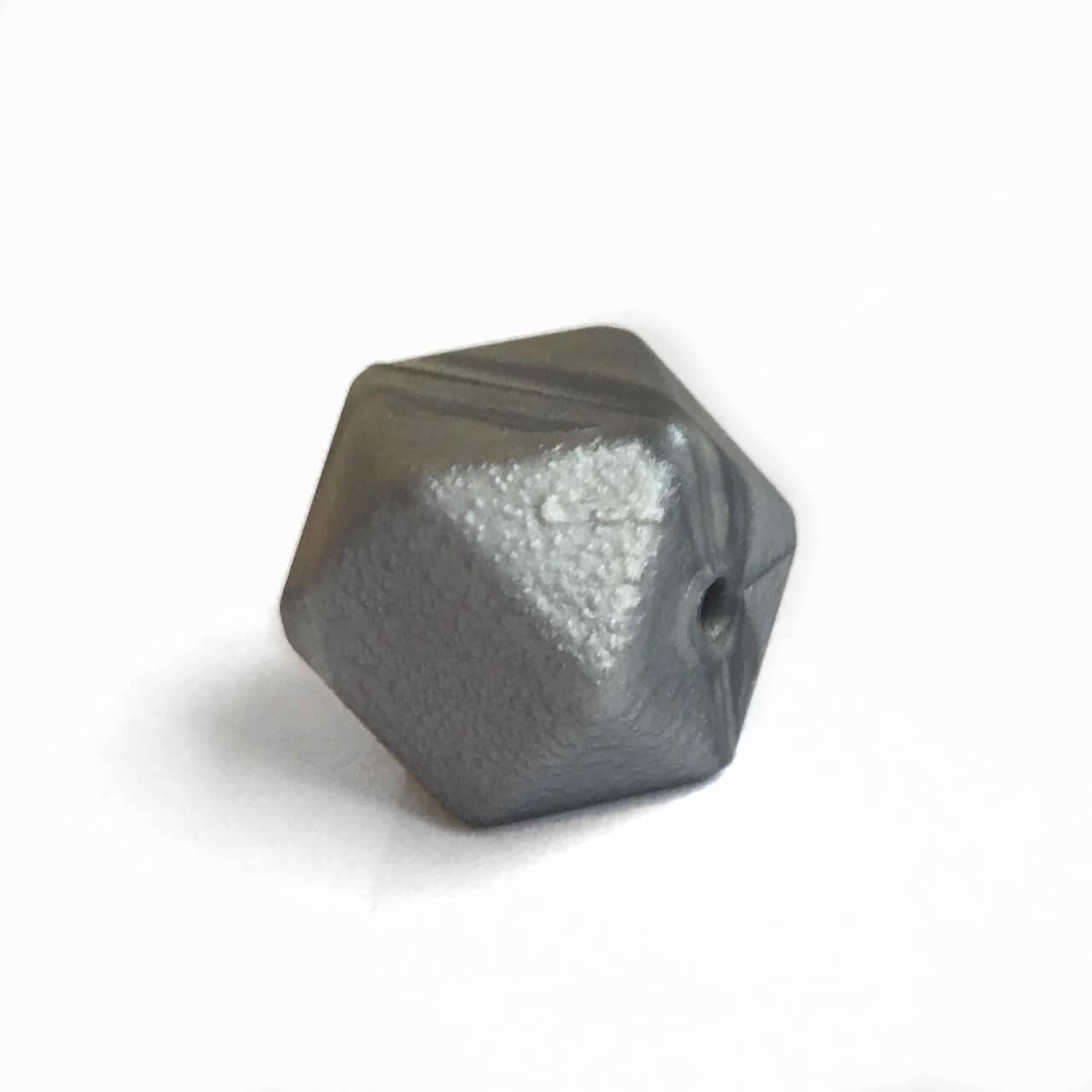 Гексагон 17мм (серебро перламутр), силиконовые бусины