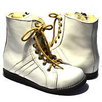 Зимові ортопедичні черевички для дітей Wik Білі 13-10 (3)