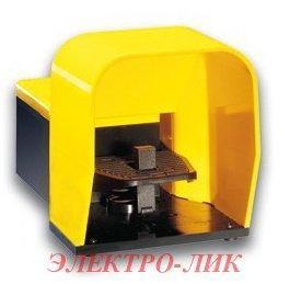 Выключатель ножной KG2 20 S11, пластик,с замком отжатия